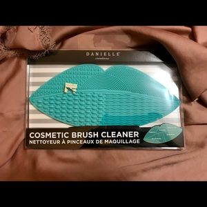 Large Cosmetic Brush Cleaning Mat